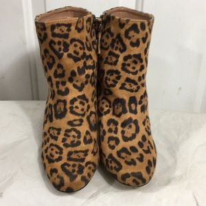 JustFab Jacinta  boots with zipper on the side